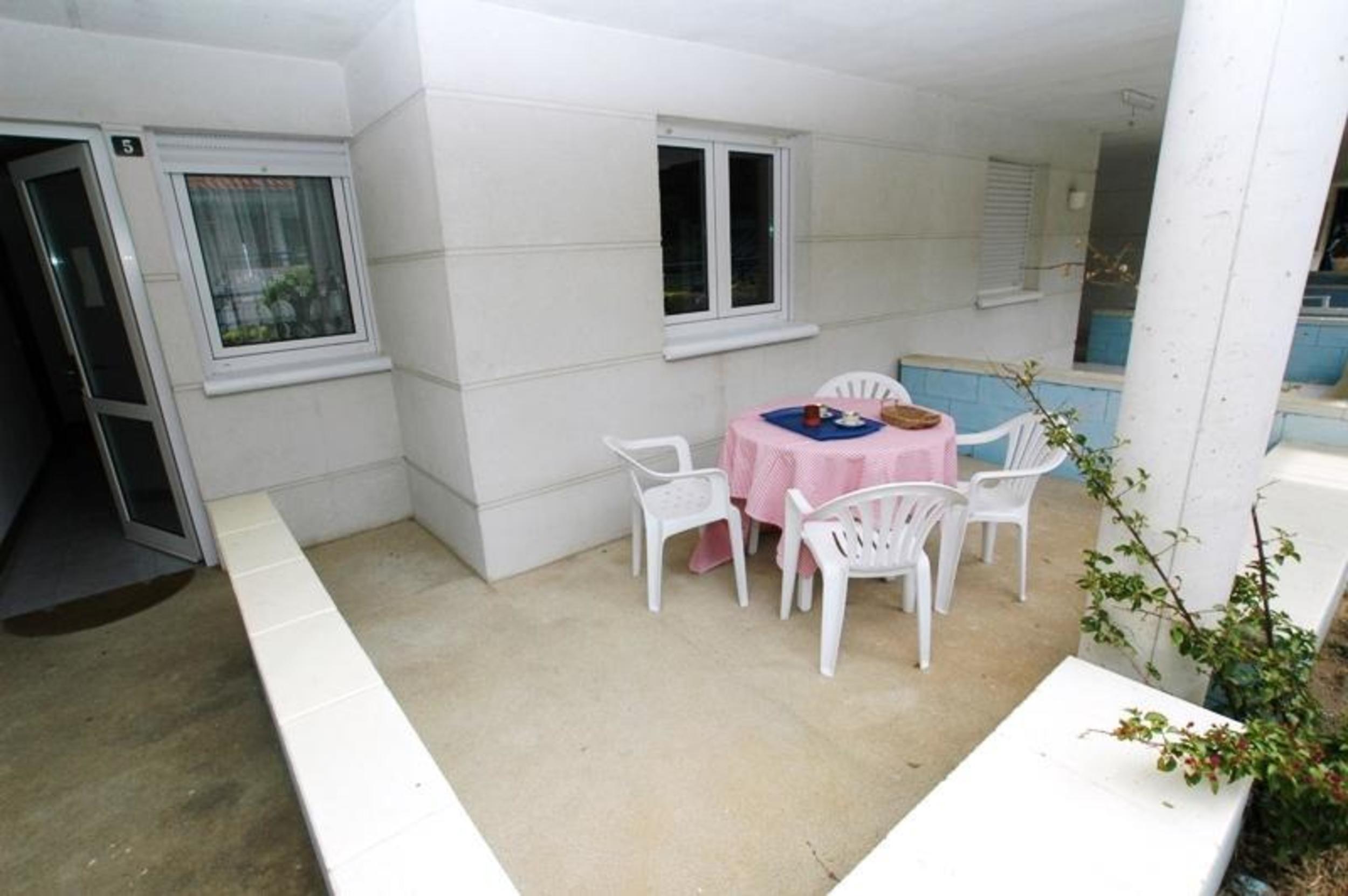 Ferienwohnung Apartment - 2 Bedrooms with Pool and Sea views - 102761 (2360861), Isla, Costa de Cantabria, Kantabrien, Spanien, Bild 2