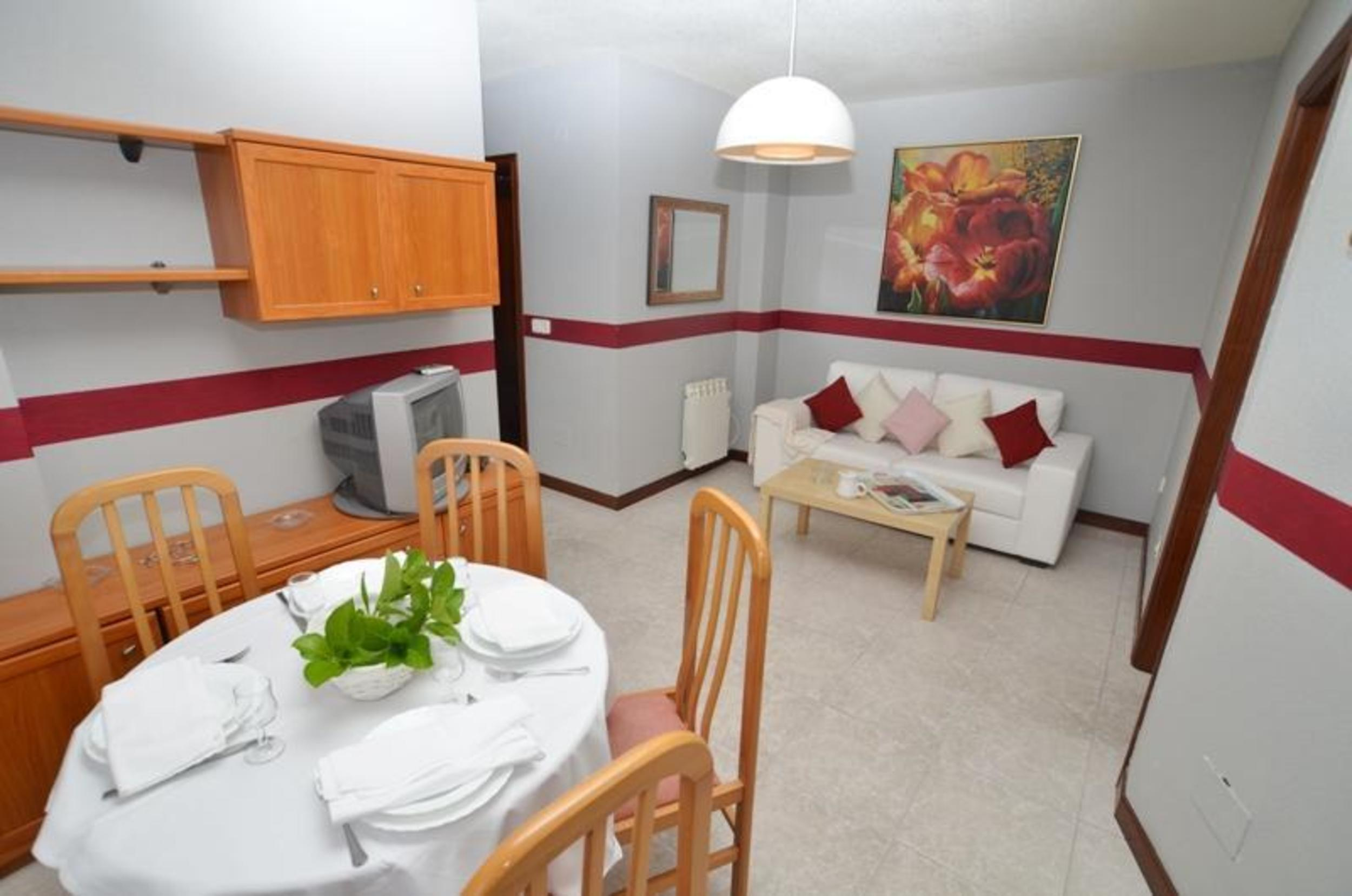 Ferienwohnung Apartment - 2 Bedrooms with Pool and Sea views - 102766 (2360874), Isla, Costa de Cantabria, Kantabrien, Spanien, Bild 1