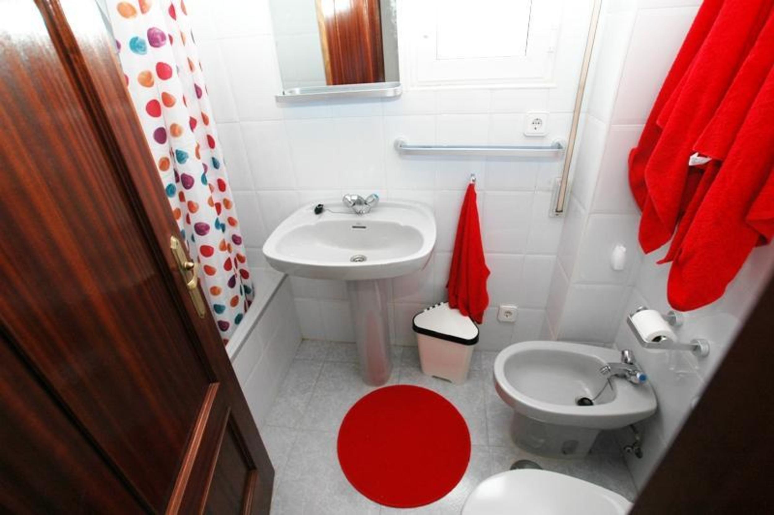 Ferienwohnung Apartment - 2 Bedrooms with Pool and Sea views - 102775 (2360880), Isla, Costa de Cantabria, Kantabrien, Spanien, Bild 7