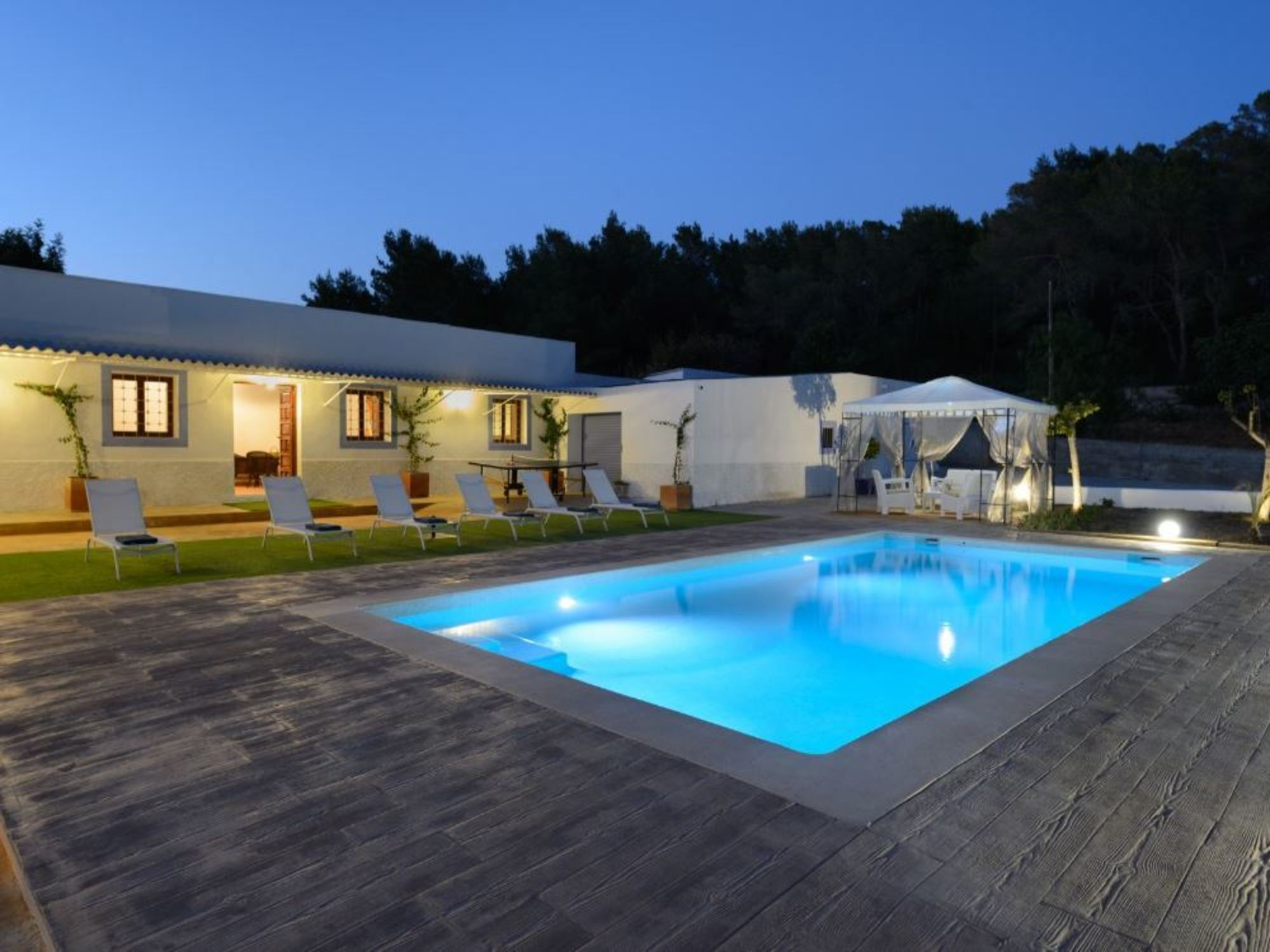Villa 3 Bedrooms with Pool and WiFi 102964