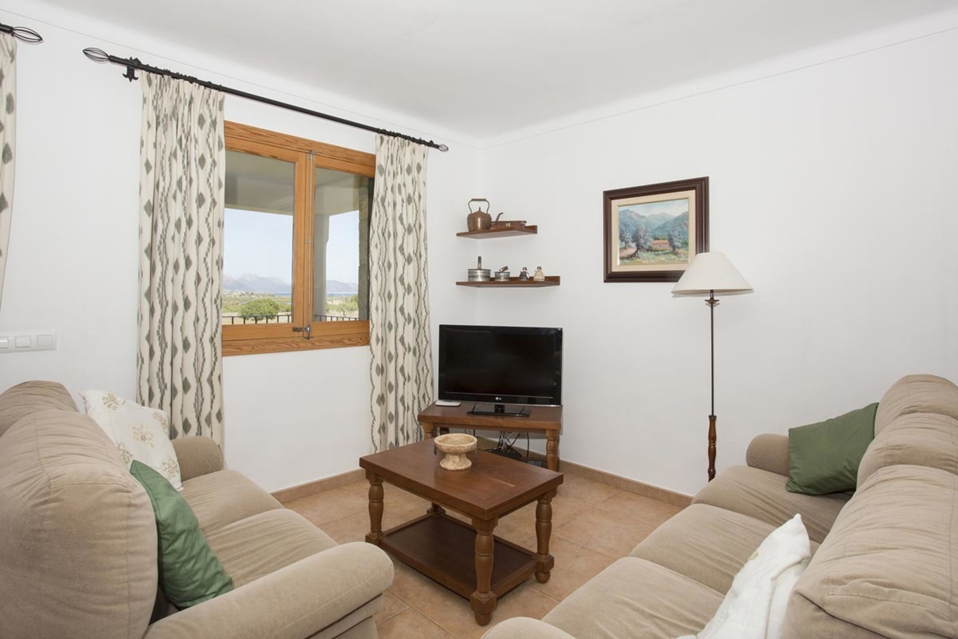 Villa 4 Bedrooms with Pool and WiFi 103131