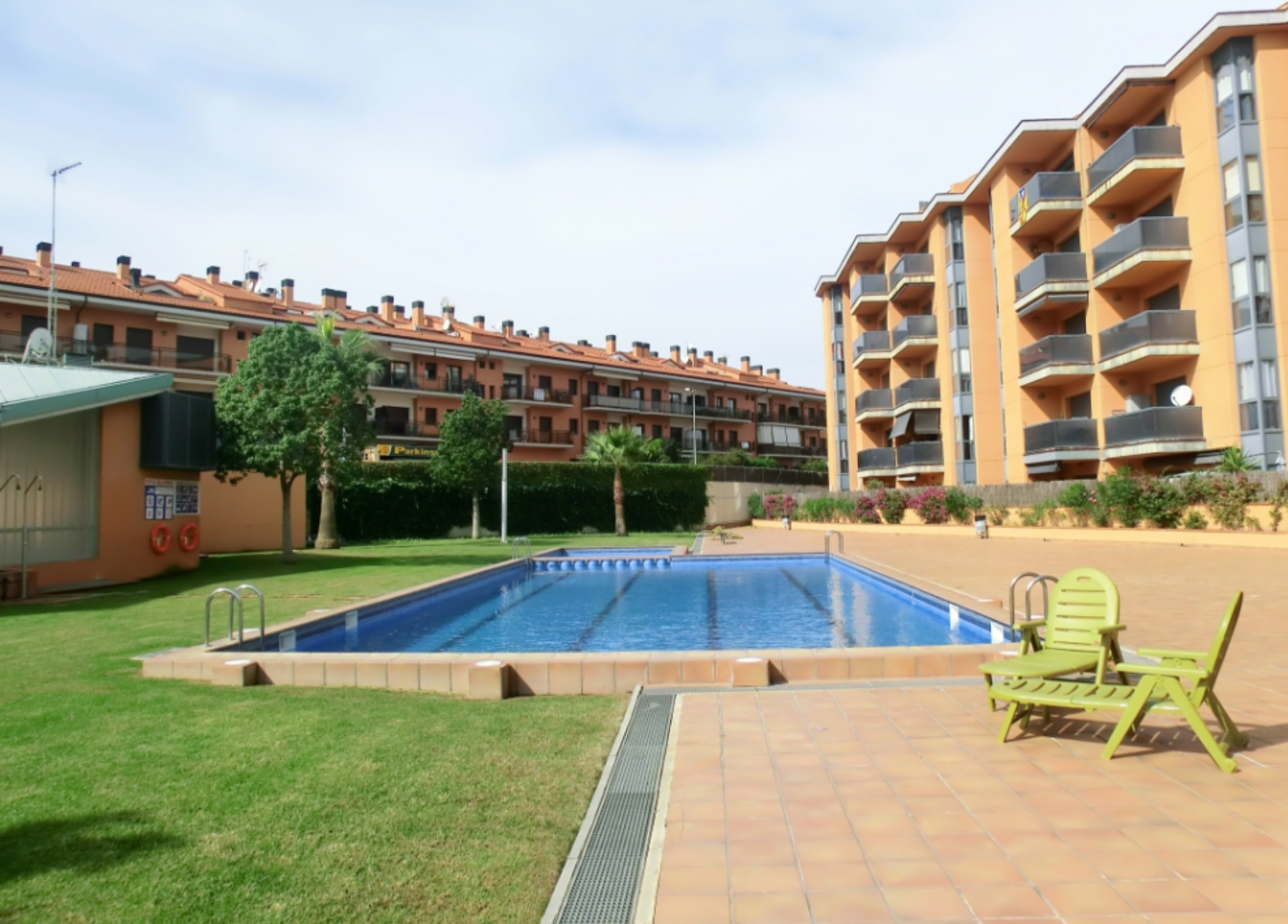 Apartment 2 Bedrooms with Pool young people group not allowed 104278