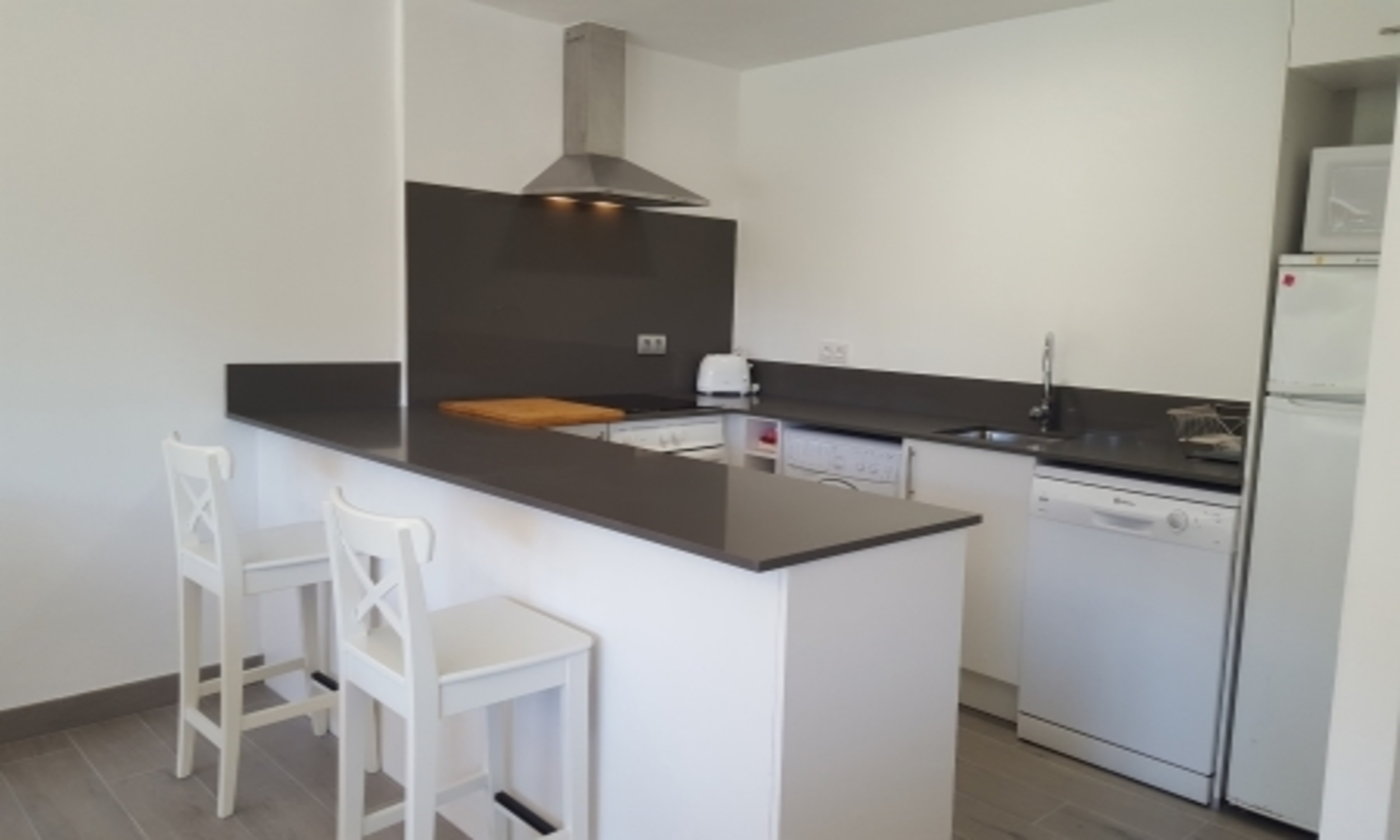 Apartment - 2 Bedrooms with Pool (young people group not allowed) - 104683