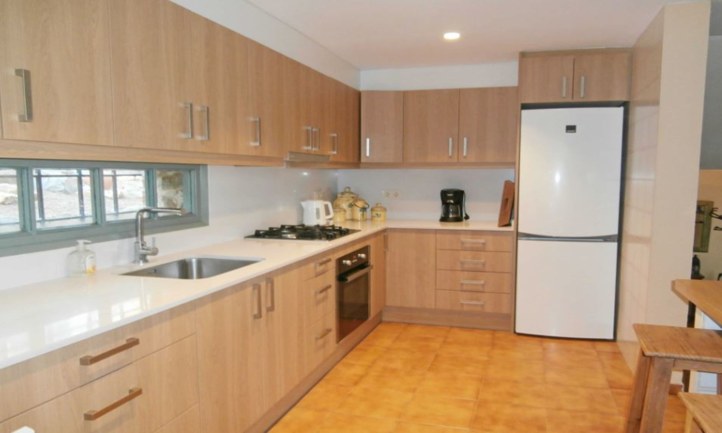 Villa - 4 Bedrooms with Pool, WiFi and Sea views (young people group not allowed) - 104752