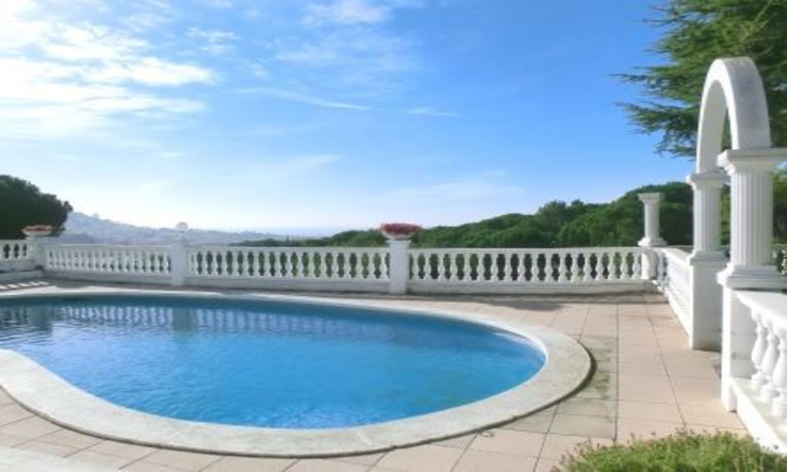 Villa - 5 Bedrooms with Pool and Sea views (young people group not allowed) - 104828