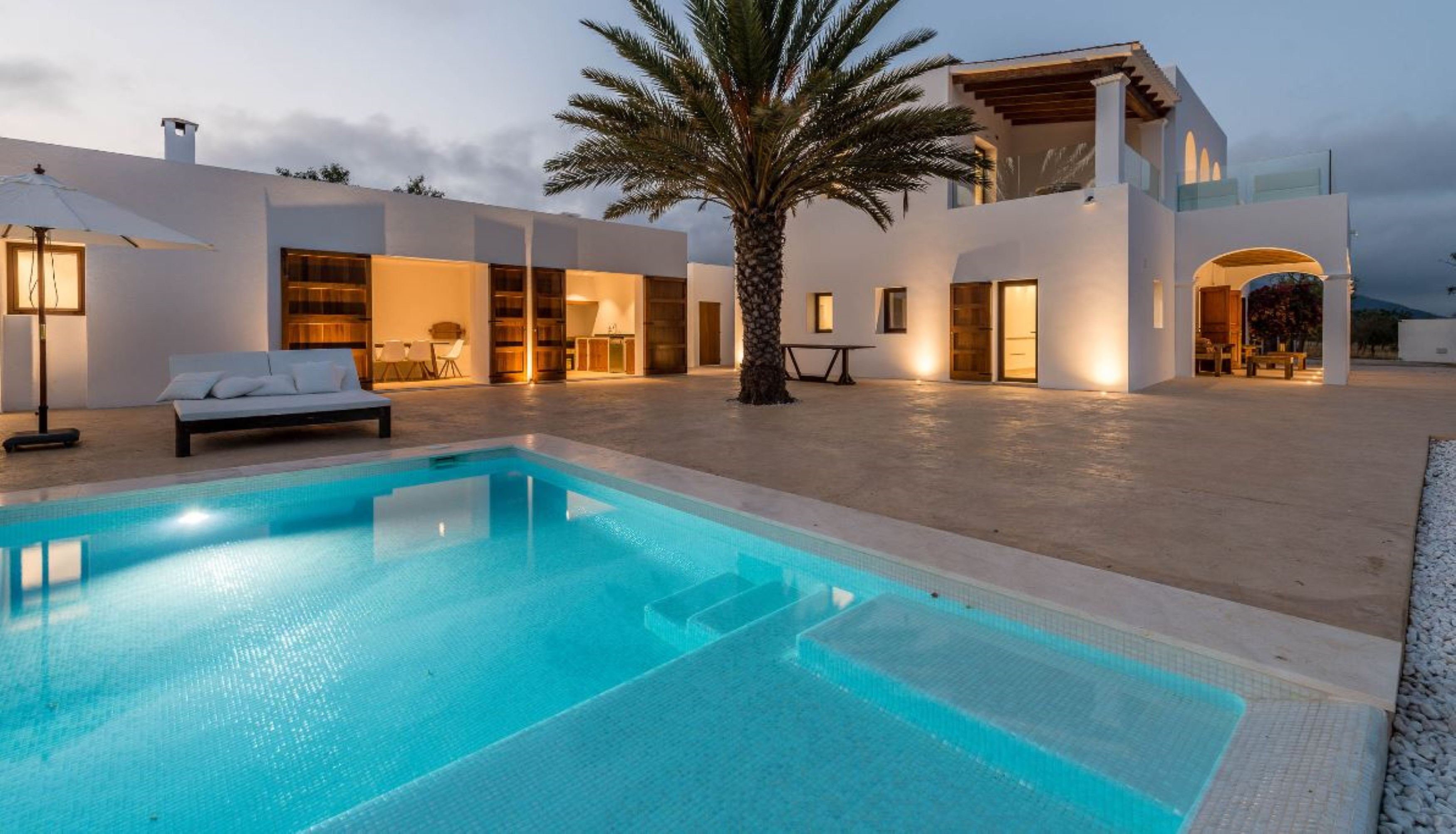 Villa 3 Bedrooms with Pool and WiFi 106103