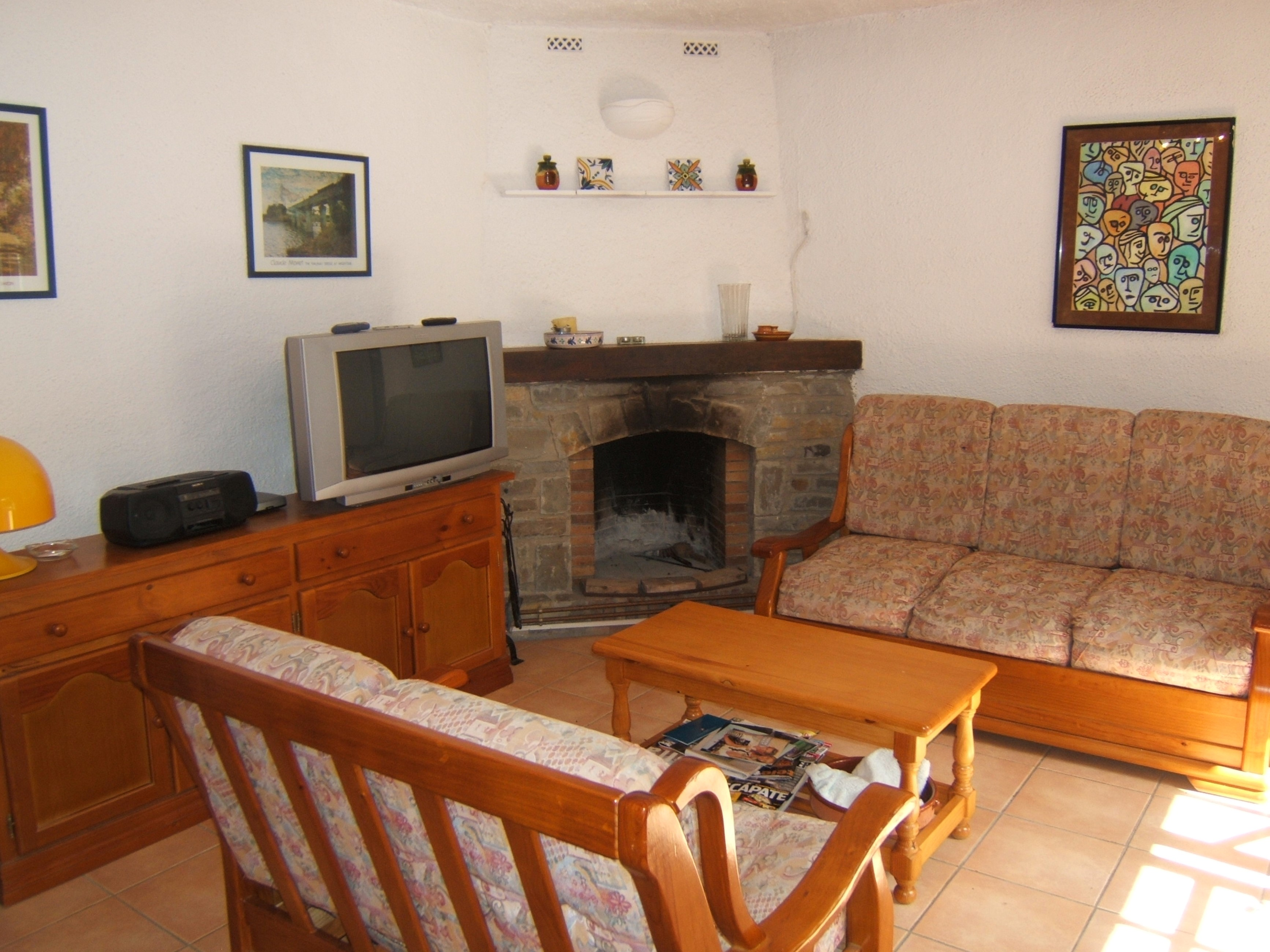 House - 2 Bedrooms with Pool and WiFi - 106593