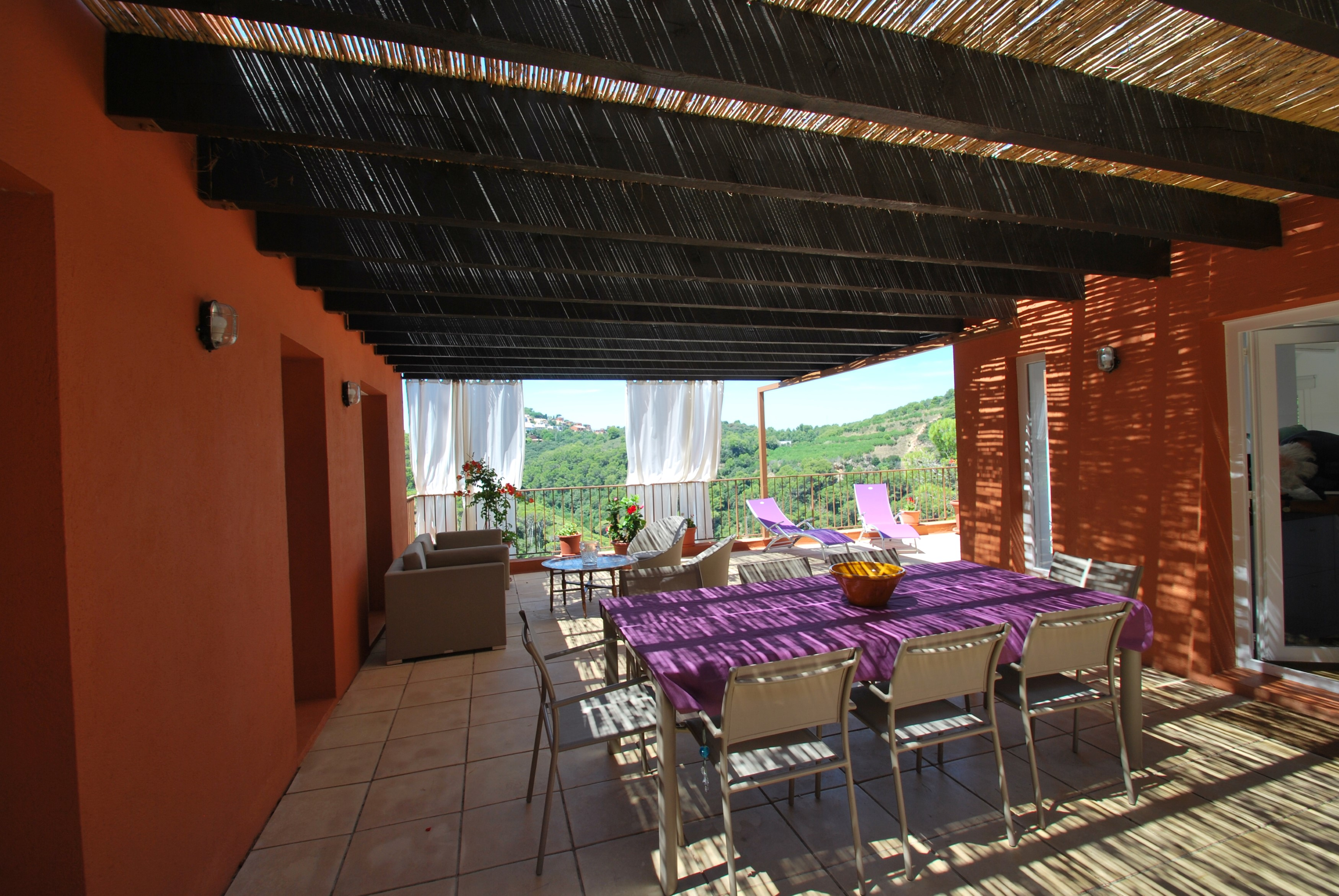 House - 4 Bedrooms with Pool and WiFi - 106634