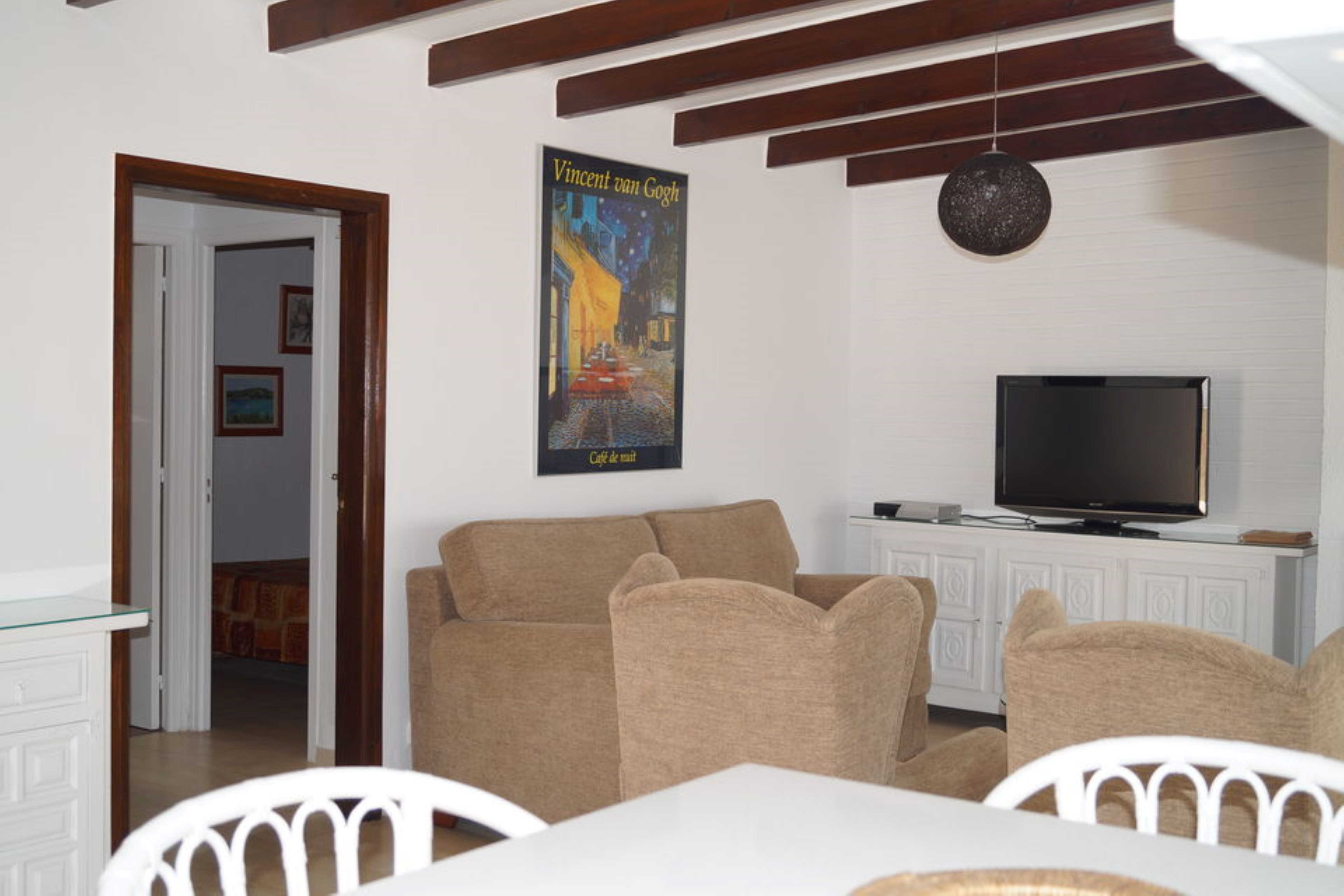 House - 2 Bedrooms with Pool - 107515
