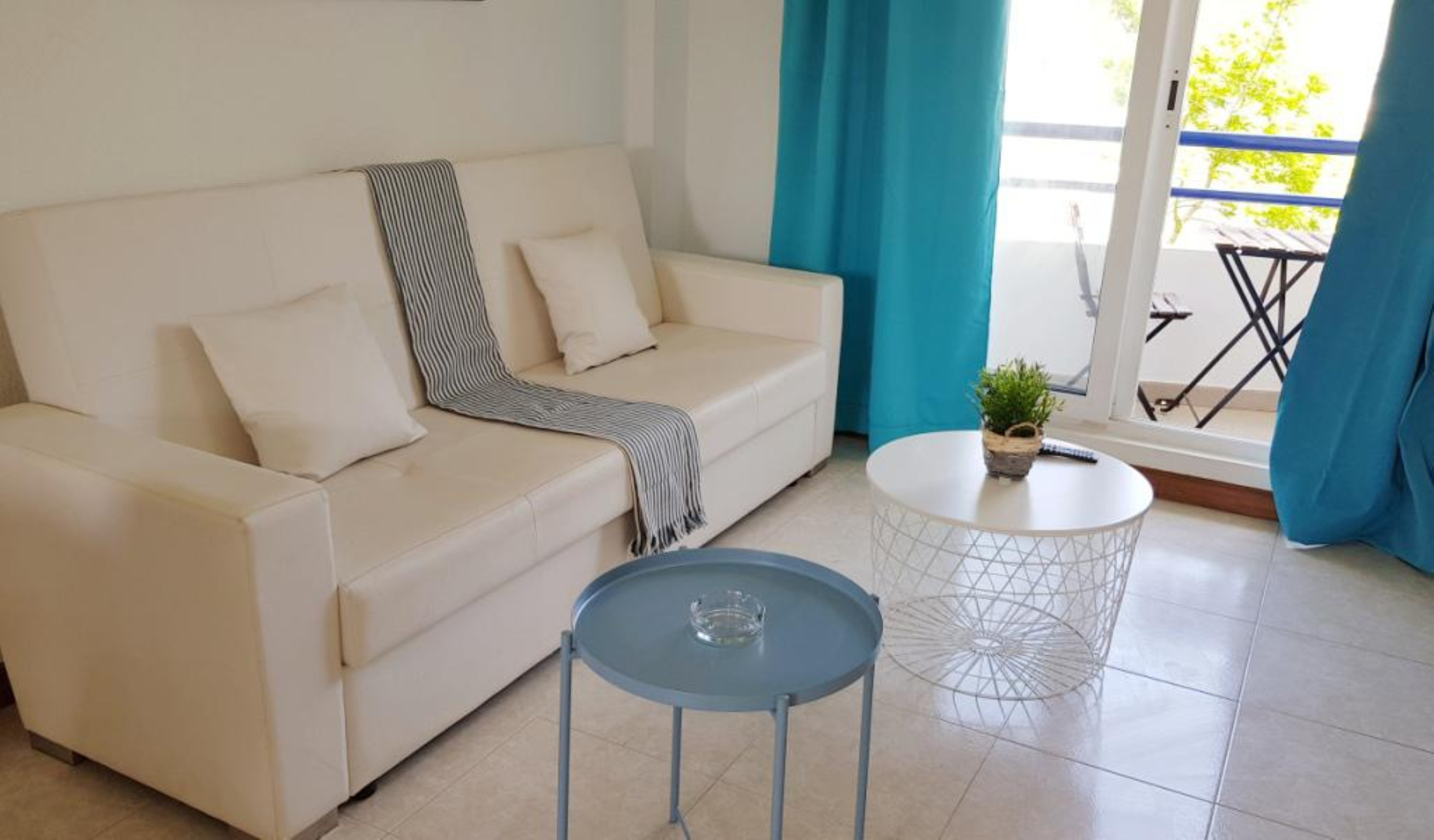 Apartment - 2 Bedrooms with Pool - 107808