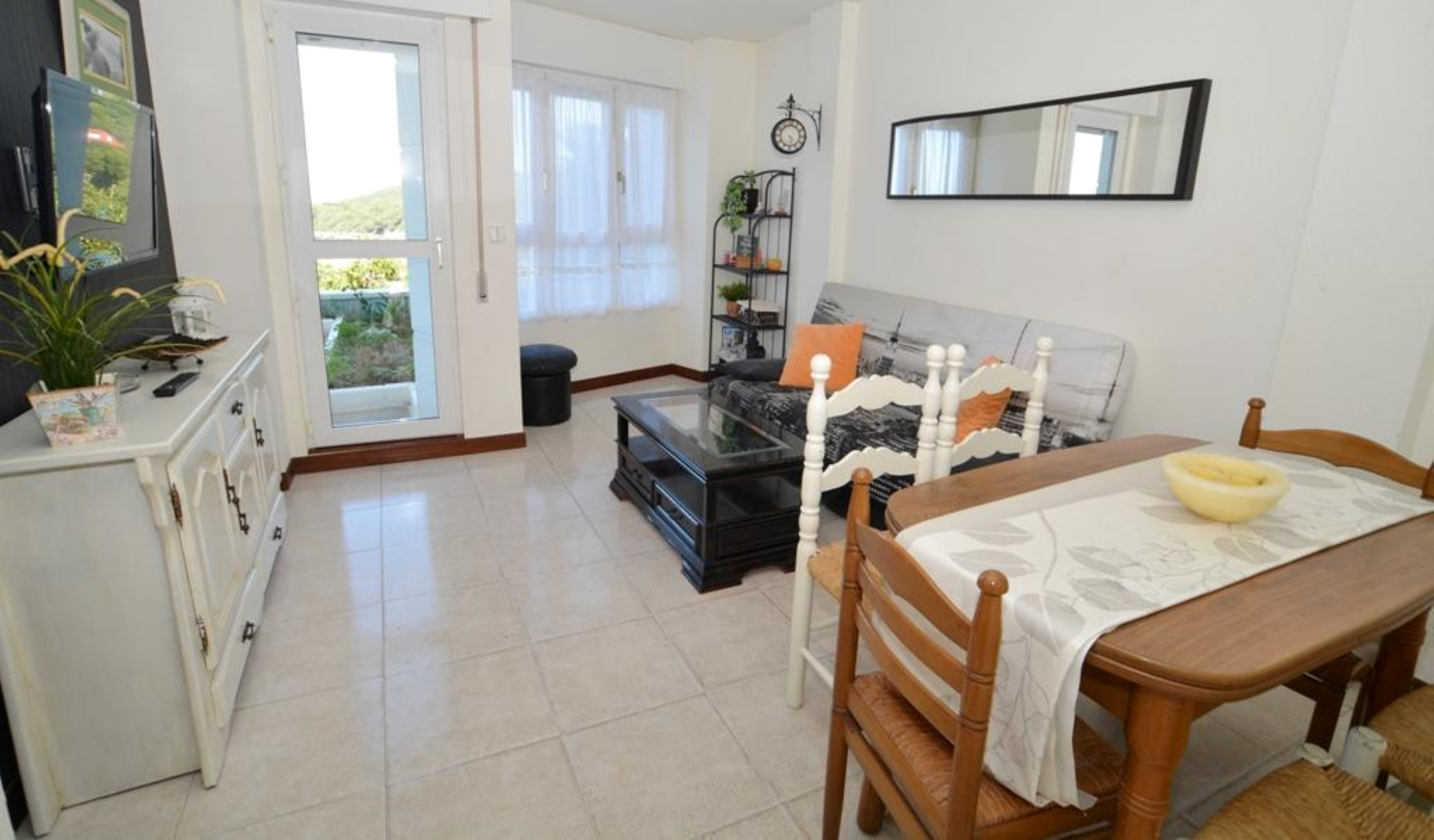 Apartment - 2 Bedrooms with Pool - 108179