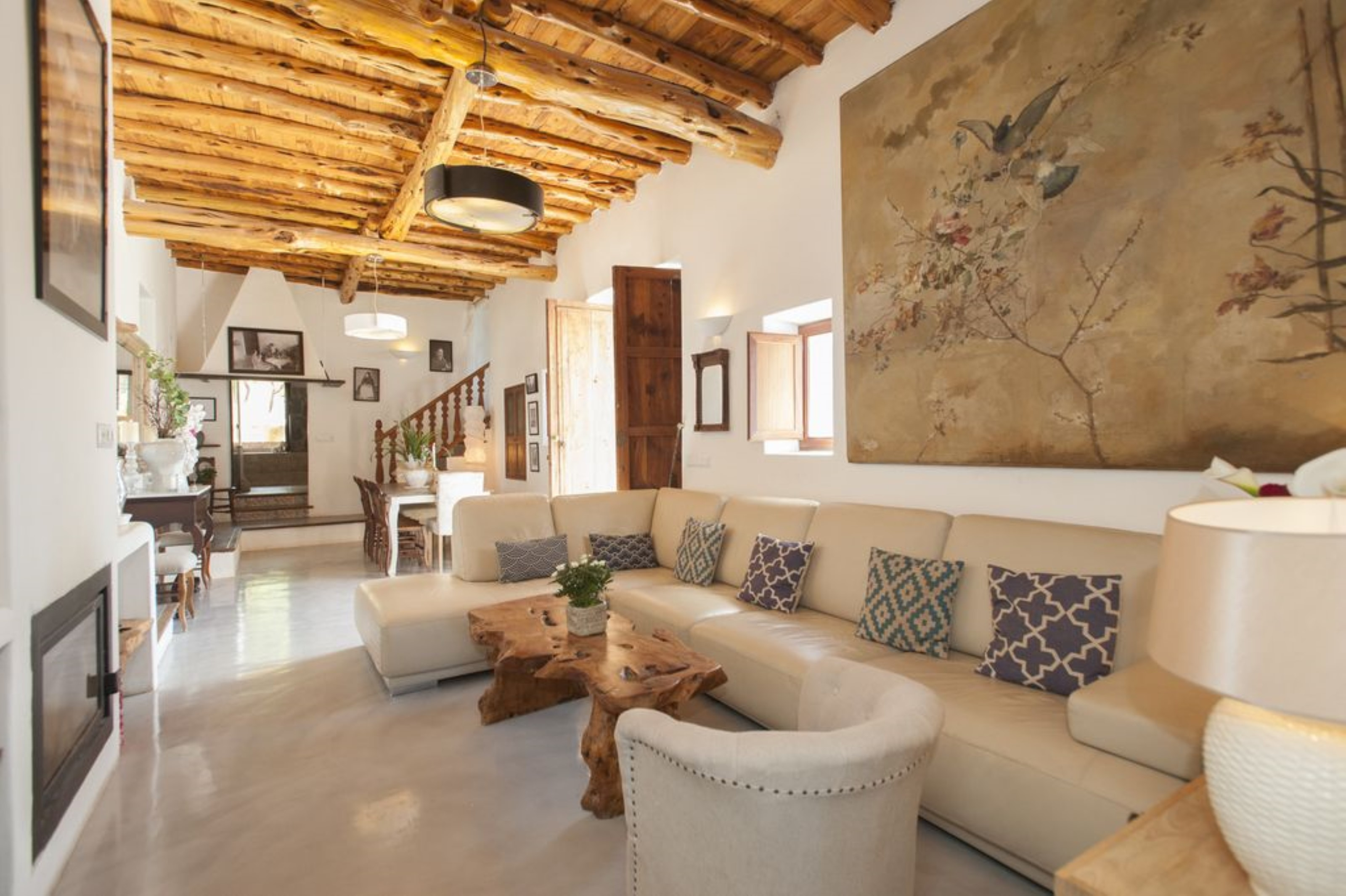 Villa 6 Bedrooms with Pool and WiFi 108213