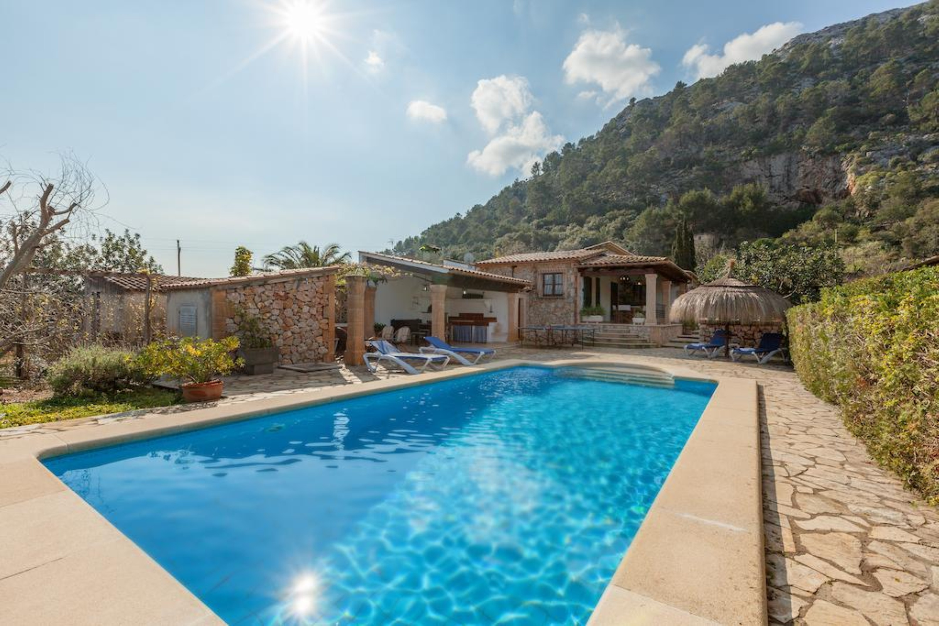 Villa 3 Bedrooms with Pool and WiFi 108638