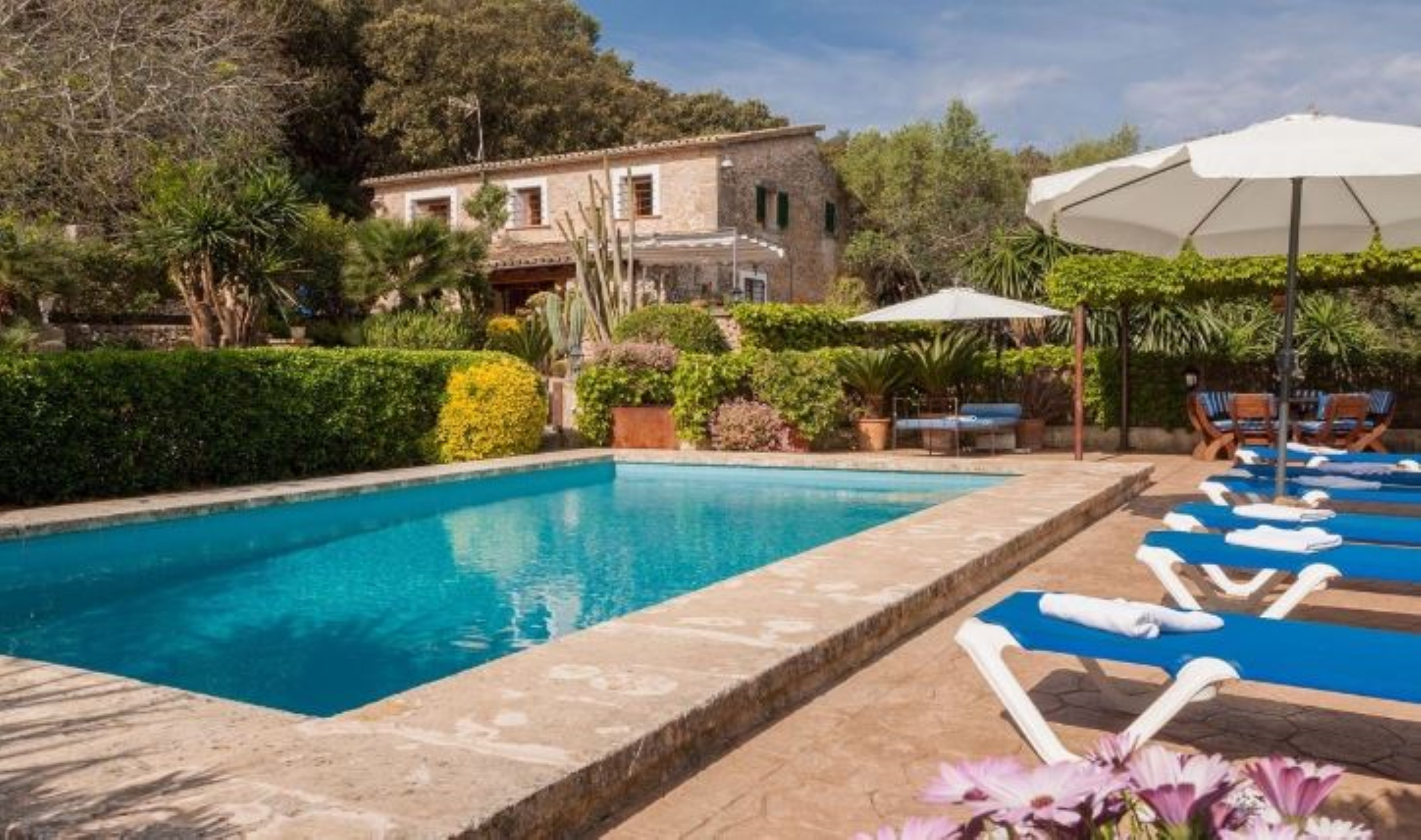 Villa 3 Bedrooms with Pool and WiFi 108708