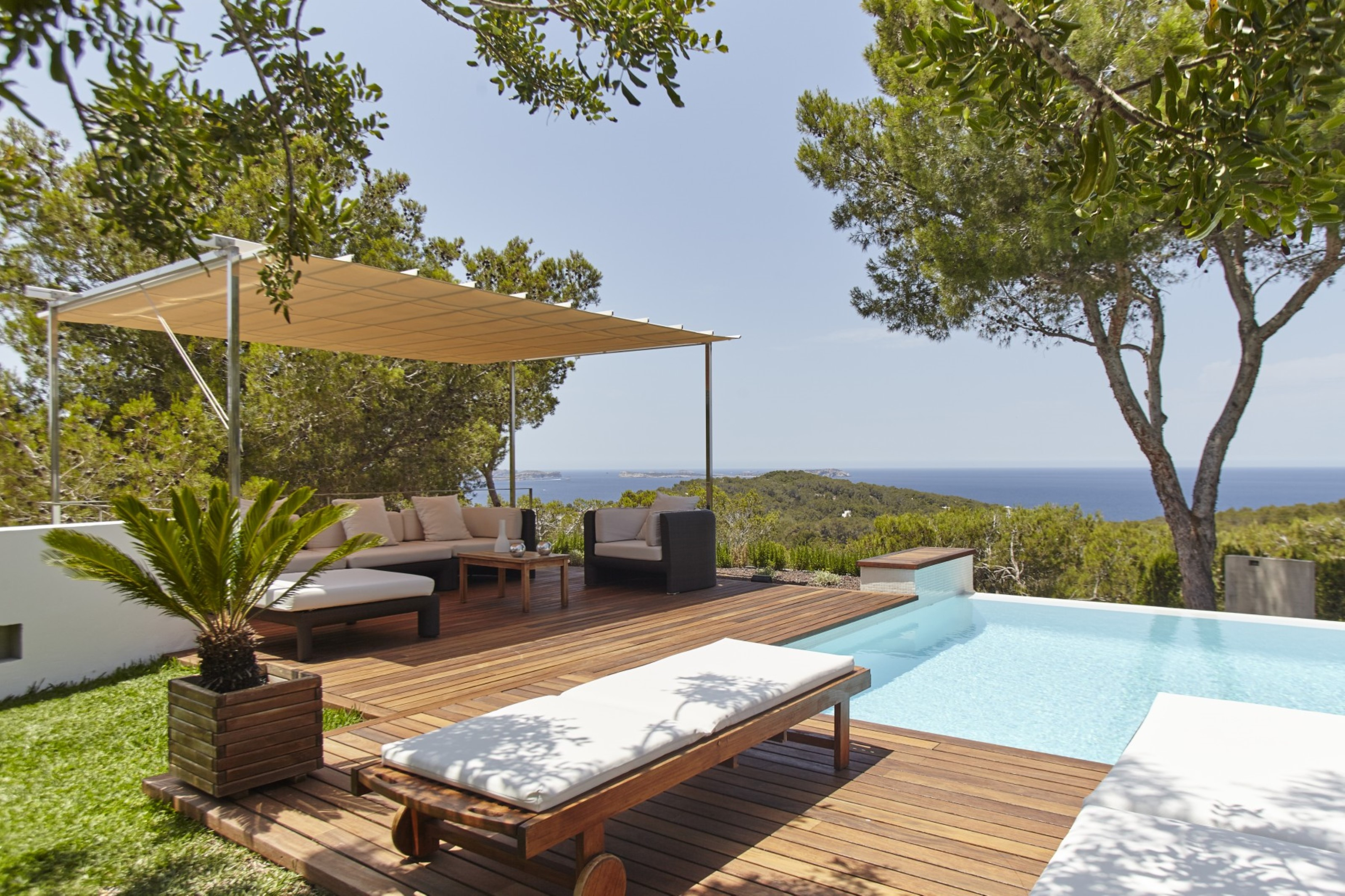 Villa 5 Bedrooms with Pool and WiFi 108770