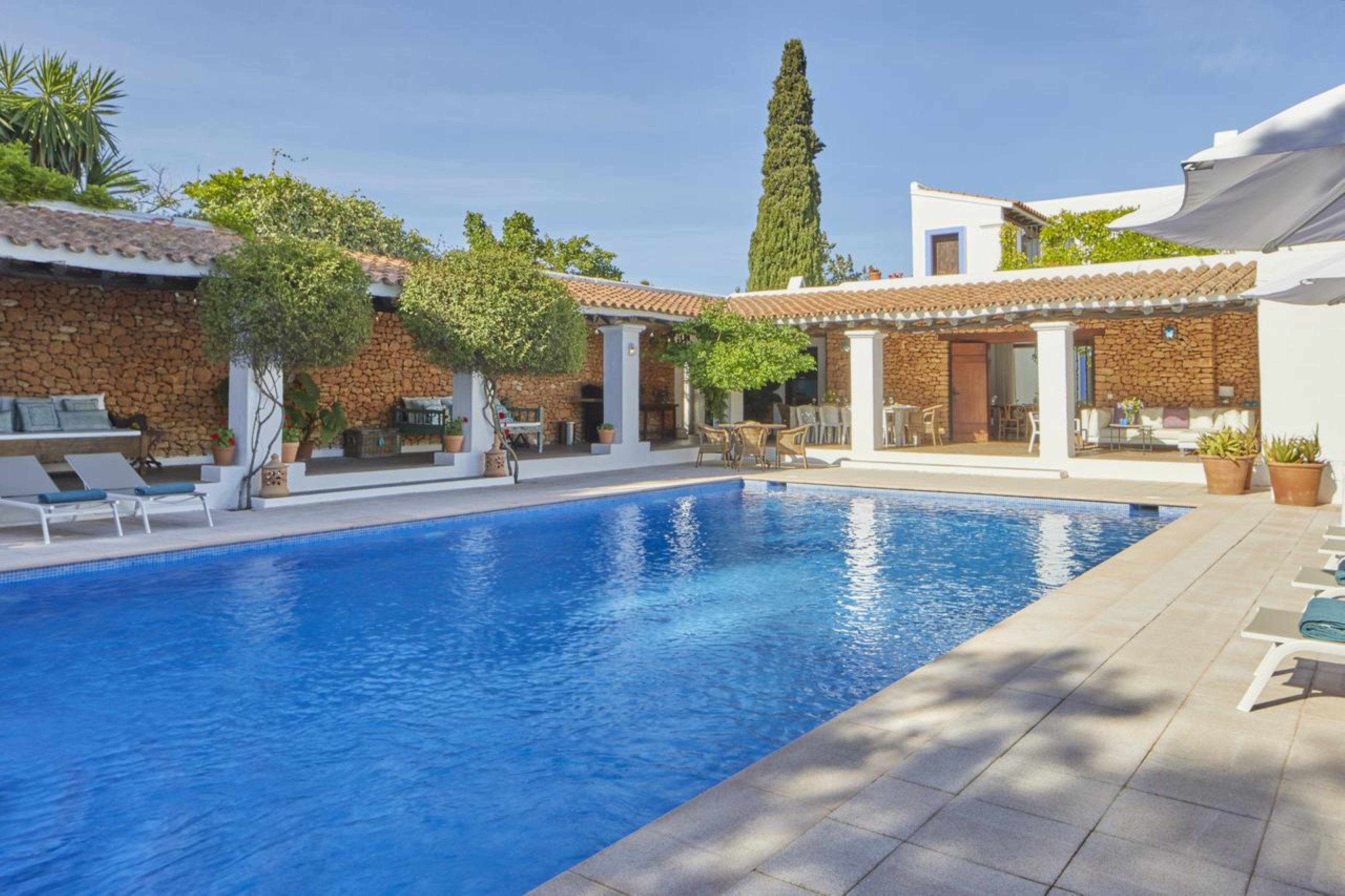 Villa 6 Bedrooms with Pool and WiFi 109007