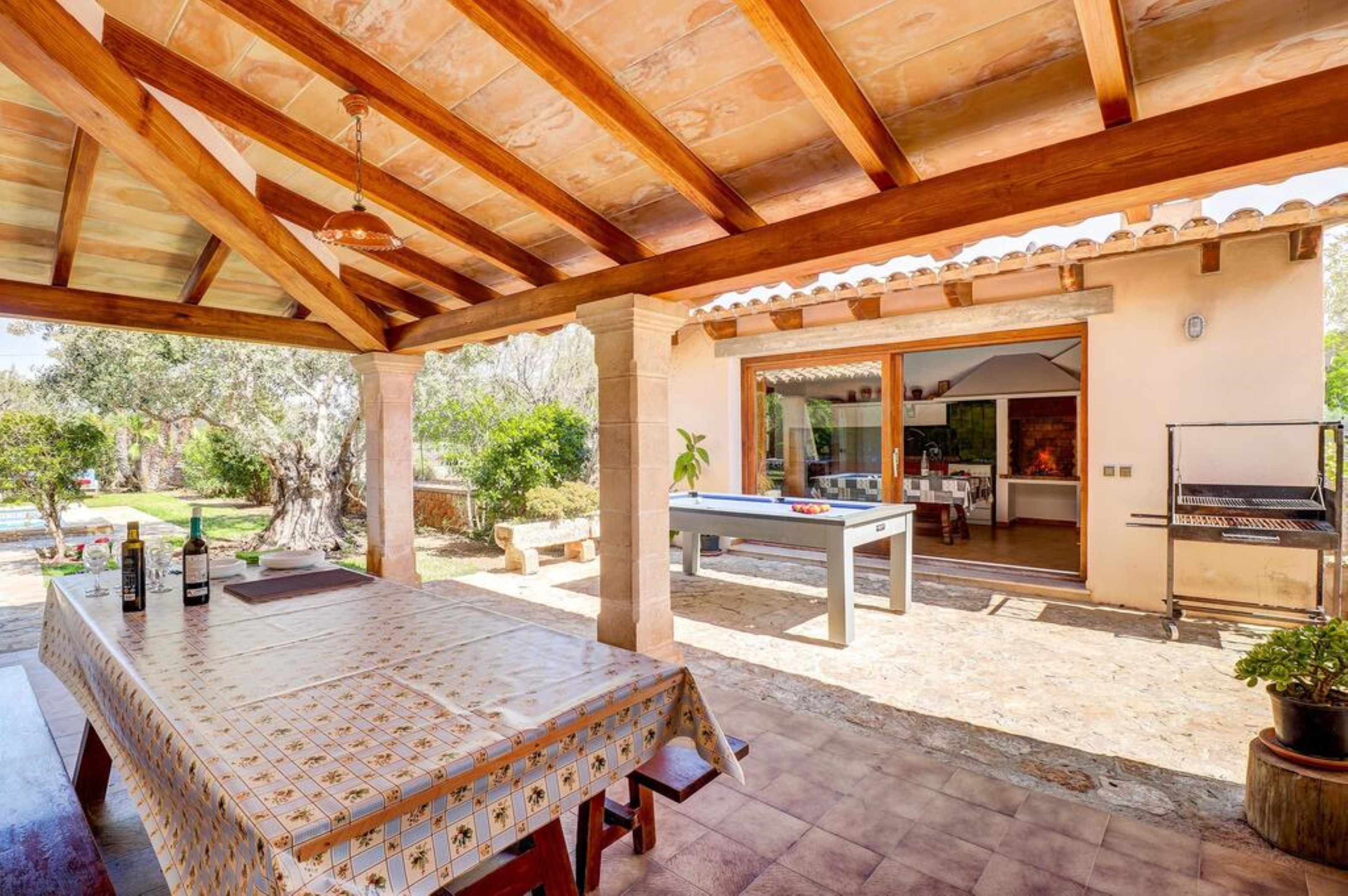 Villa 4 Bedrooms with Pool and WiFi 109555